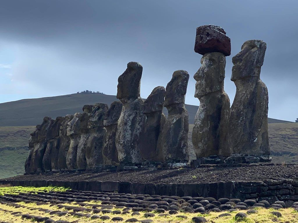 The Moai of Easter Island facing inland at Ahu Tongariki. Image: Historic Mysteries.