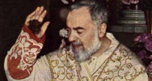 The stigmata visibily seen on Padre Pio