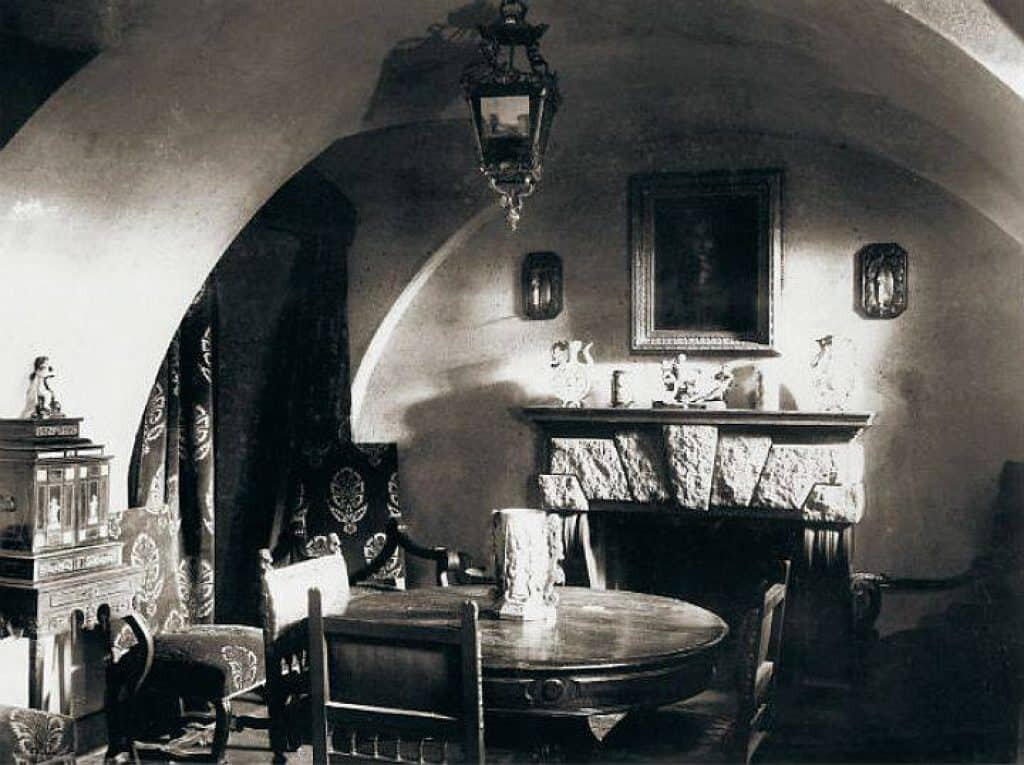 Basement of the Yusupov Palace, where Rasputin was murdered. Wikimedia Commons, 1917.