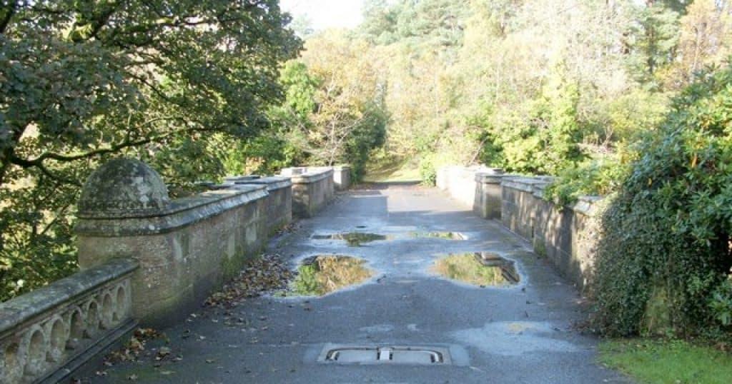 Overtoun Bridge courtesy of Lairich Rig