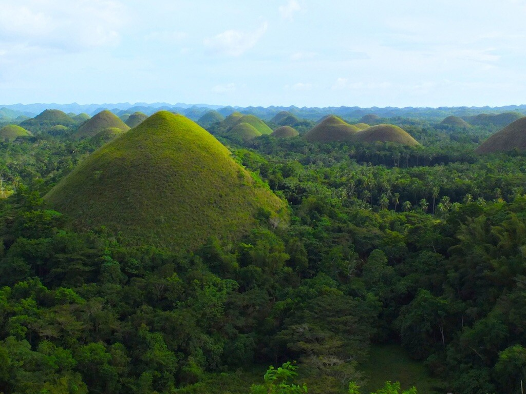 These pyramid shaped structures at Paratoari.are said to be natural formations. However, skeptics say they are symmetrically spacedand uniform in shape.