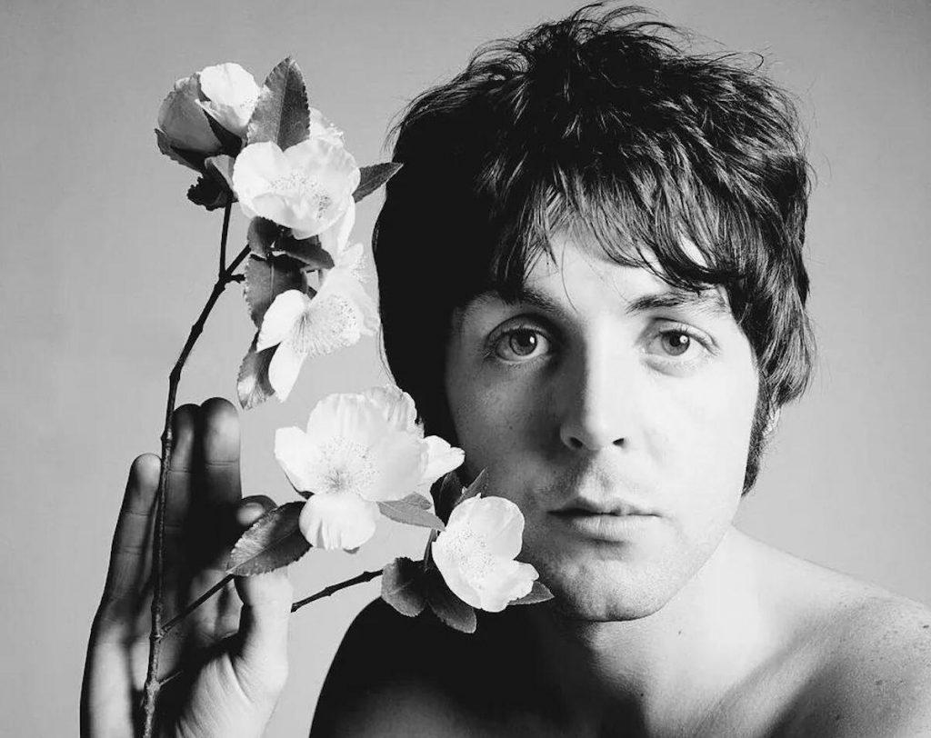 Did Paul McCartney really die in 1967? Some people believe Paul is dead.