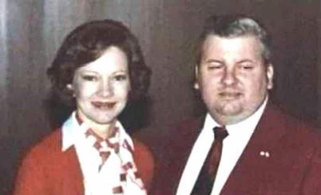 John Wayne Gacy with First Lady Rosalynn Carter on May 6, 1978. Image: Wikipedia