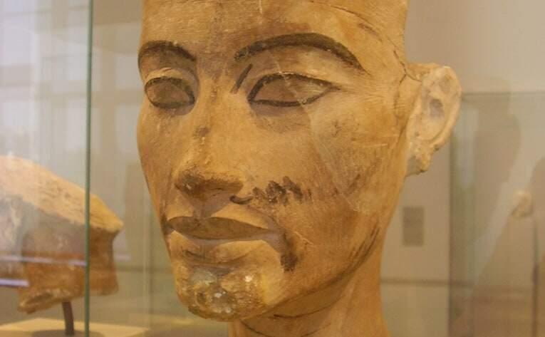 Nefertiti's Burial Chamber
