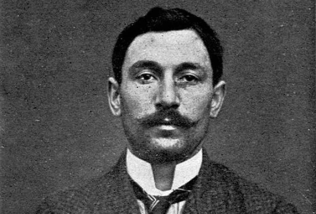 Mug shot of Vincenzo Perugia, thief of the Mona Lisa in 1911.