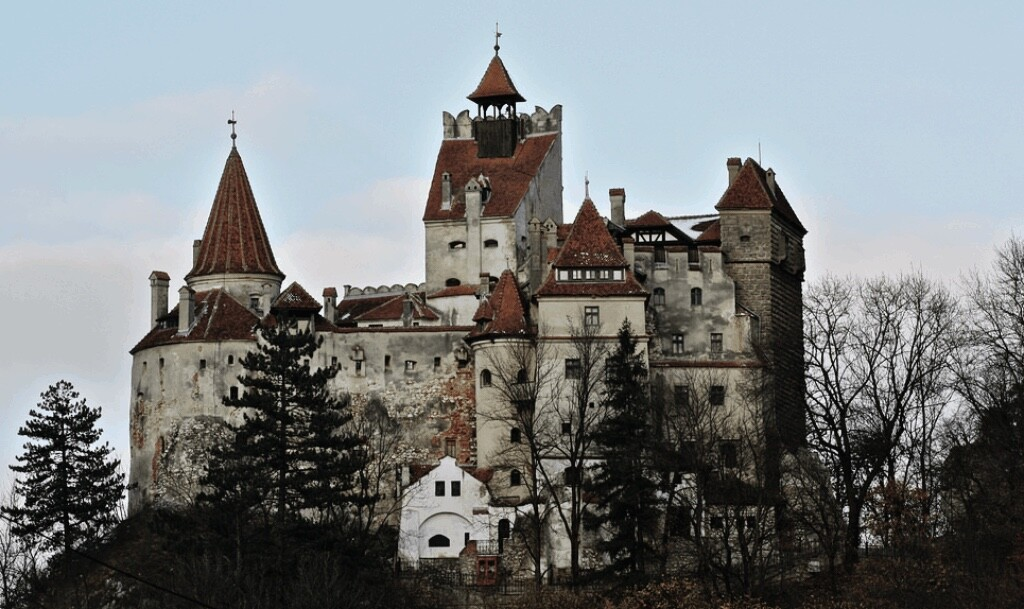 Bran Castle in Transylvania, 2009. Could this be Dracula's castle? Source: Flickr CC.