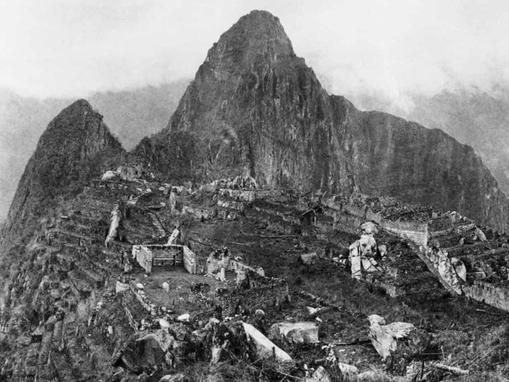 first photograph of machu picchu
