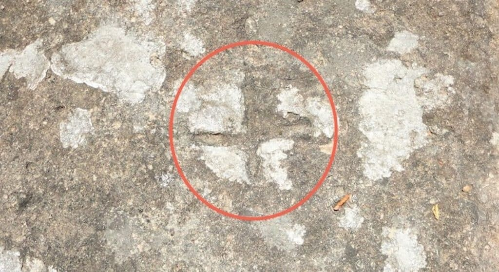 This imprint lies on the same surface as the fossilized human footprints at Roccamonfina. Photo by Historic Mysteries.