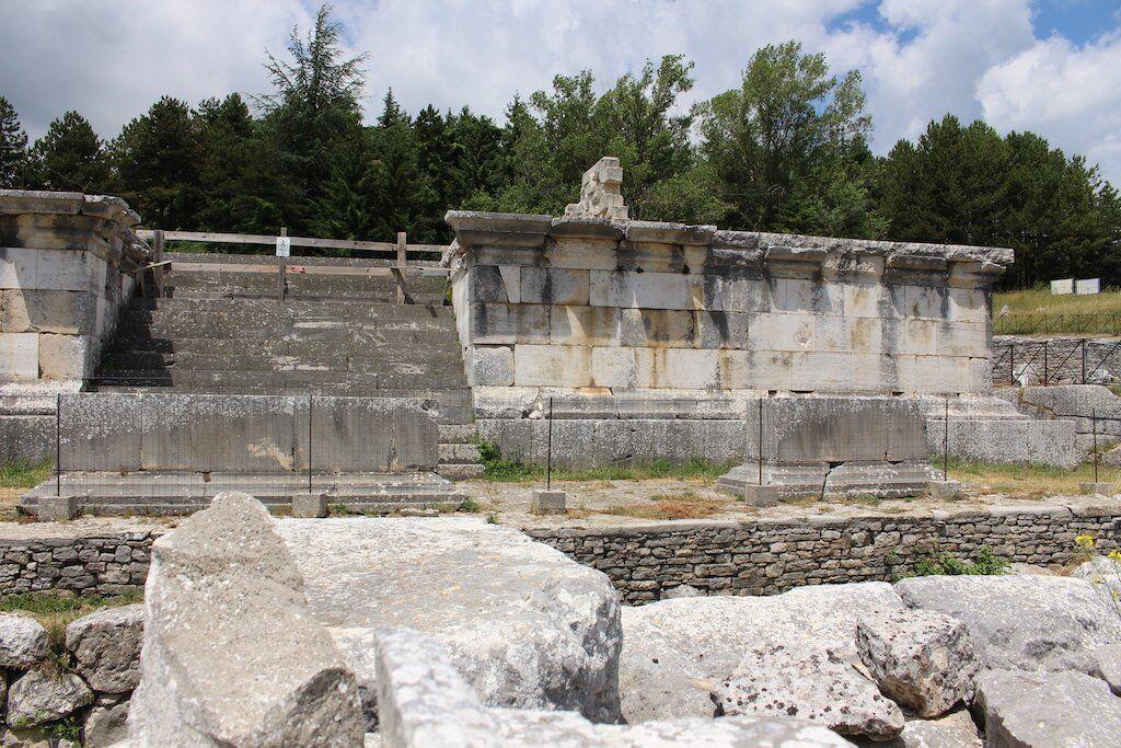 temple b pietrabbondante