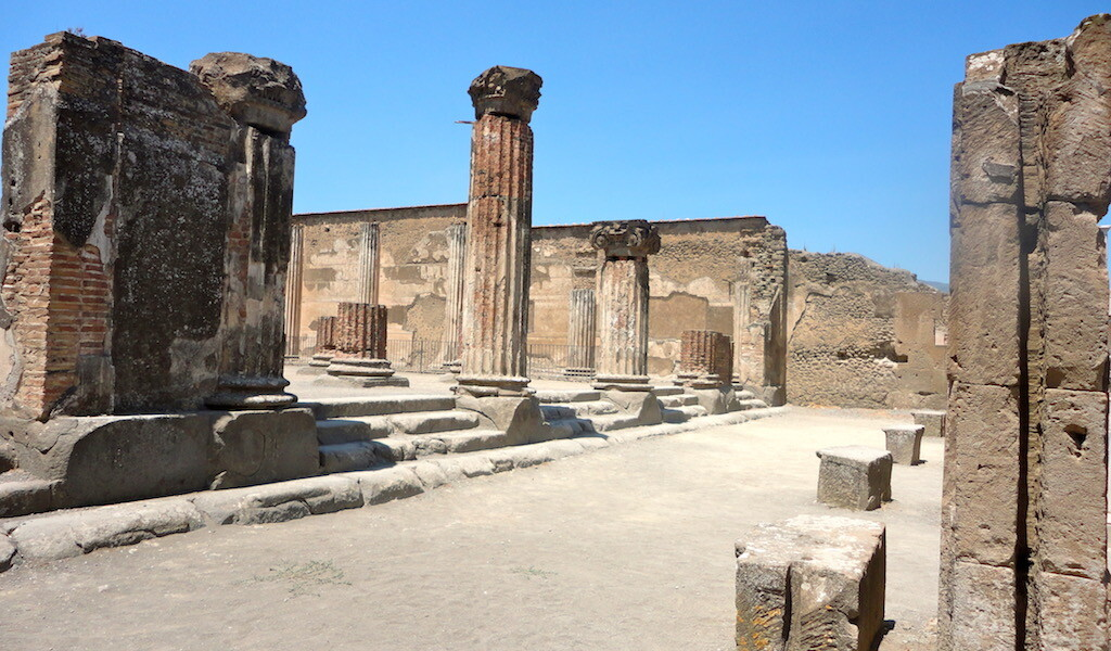 basilica in the history of pompeii