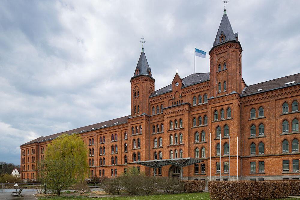 Celle Neues Rathaus building