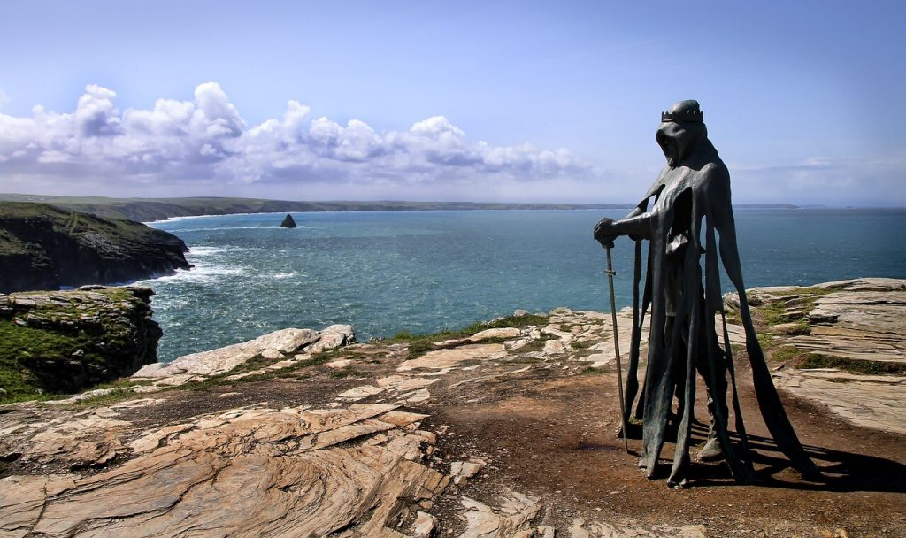 Rubin Eynon created this 8ft tall bronze statue of the king. Erected in April 2016, it is one of the highlights of Tintagel.
