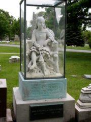 "Gravesite statue of Inez ""Clarke"". Credit: Kathy Padgett Baker."