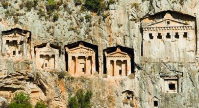 Kaunos: The Ancient Anatolian City of Rock-Cut Tombs and Ruins