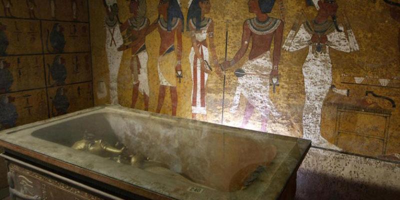Nefertiti's Chamber – Hype and Conspiracy?