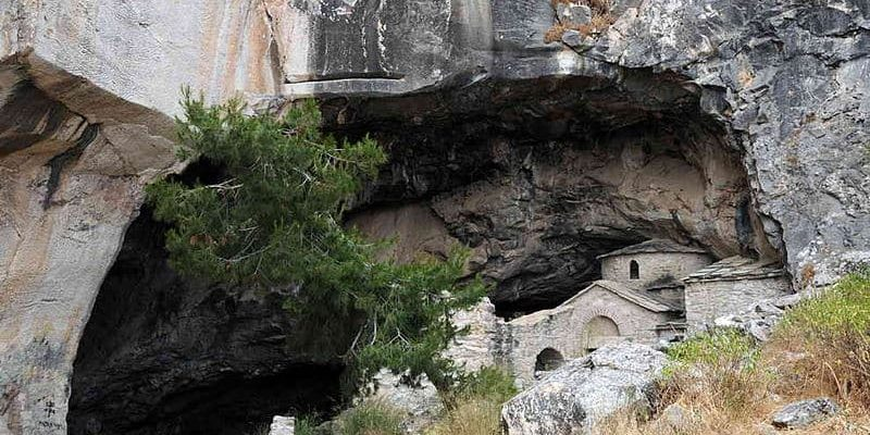 The Davelis Cave